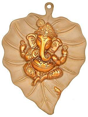 Baby Ganesha on Pipal Leaf (Wall Hanging)