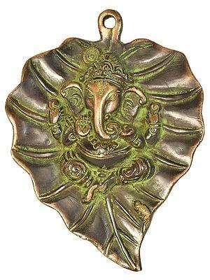 Ganesha on Pipal Leaf (Wall Hanging)