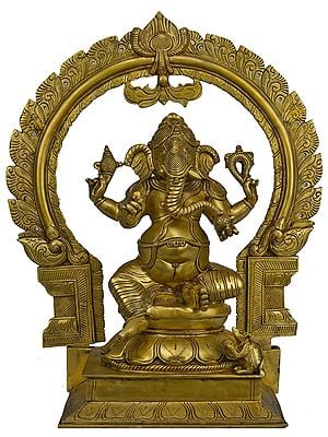 Four-Armed Ekadanta Ganesha