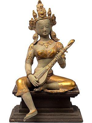 Saraswati, Of Nepalese Carvature
