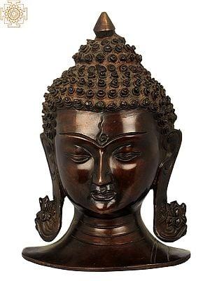 Buddha Head, Exuding Calmness