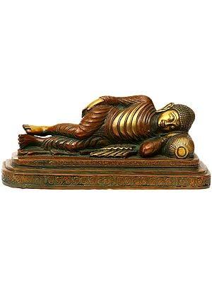 Dual-tone Parinirvana Buddha