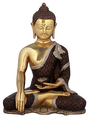 Bhumisparsha Buddha in Intrinsic Carved Robe