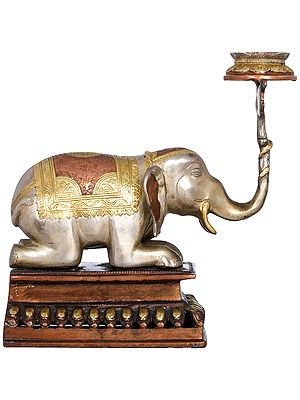 Elephant Lifting Lotus Lamp