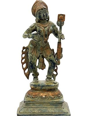 Apsara - Who Enchants Everyone With Her Music