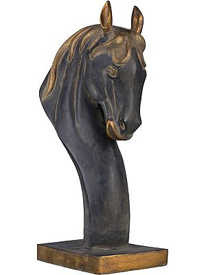 Horse Head On Stand