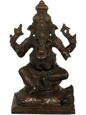 Lord Ganesha Holding Kumbha in Trunk