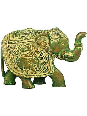 Fully Carved Elephant with Upraised Trunk (for Vastu)