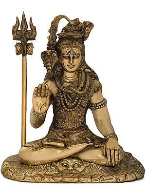 Mahadeva Shiva in Ashirwad Mudra
