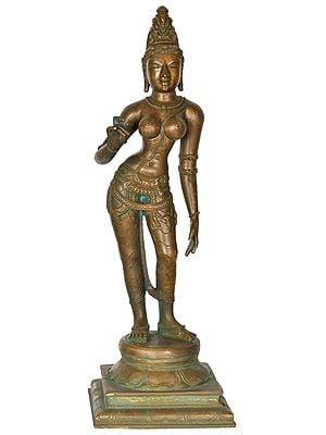 Goddess Parvati Wearing Minimum Jewelry