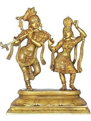 Tribhang Murari Krishna Looks On As Radha Dances