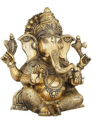 Ashirwad Ganesha Wearing Carved Vastra