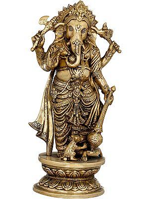 Standing shri Ganesha