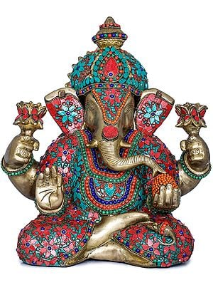 Lord Ganesha Holding Lotus Flowers in Hands