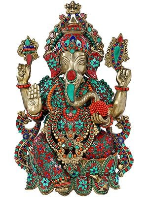Four Armed Blessing Ganesha Seated on Lotus