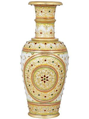 Decorative Marble Vase With Cut Work