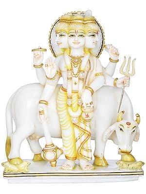 Lord Dattatreya (Brahma Vishnu Mahesh)