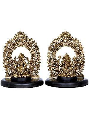 Lakshmi Ganesha On Wooden Pedestal with Floral Aureole