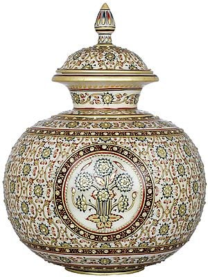 The Marvellous Marble Pot with Lid