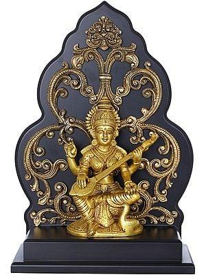 Goddess Saraswati On a Kirtimukha Chowki