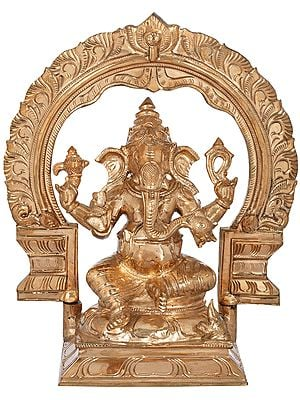 Lord Ganesha with Big Arch