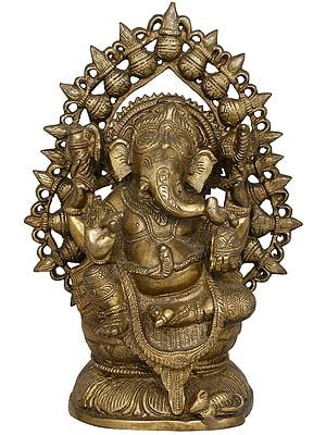 Lord Ganesha with Aureole Mad of Kalashes