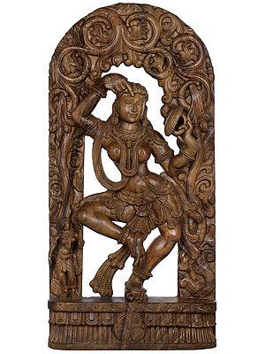 Khajuraho Nymph: Vanity And Adornment