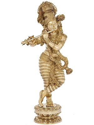 Superfine Bhagawan Krishna with Swaying Necklace of Flowers