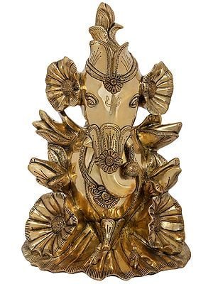 Stylized Flower Ganesha - Fine Quality Ganesha Made with Different Flowers and Buds