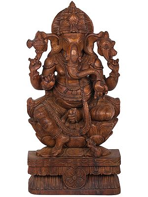 Chaturbhuja Lotus Seated Large Ganesha