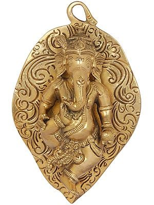 Baby Ganesha on Pipal Leaf - Wall Hanging