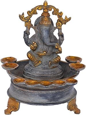 Nine Wicks Ganesha Lamp