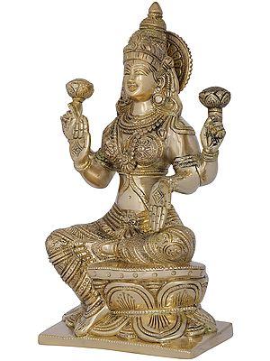 Ashirwad Lakshmi Seated on Lotus