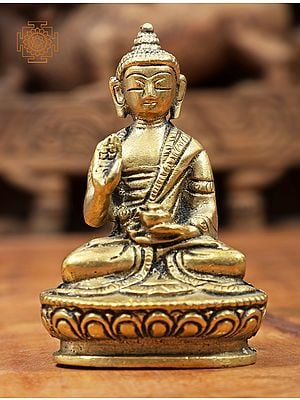 Medicine Lord Buddha in Abhay Mudra