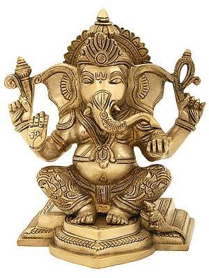 Lord Ganesha in Abhaya Mudra