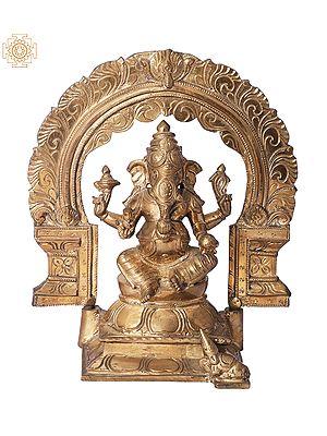 "9"" Bhagawan Ganesha with Kirtimukha Prabhavali | Handmade | Madhuchista Vidhana (Lost-Wax) | Panchaloha Bronze from Swamimalai"