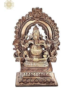 "2.8"" Small Bhagawan Ganesha with Kirtimukha Prabhavali | Handmade | Madhuchista Vidhana (Lost-Wax) | Panchaloha Bronze from Swamimalai"