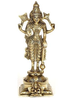 Chaturbhuja Sthanaka Vishnu on Garuda Pedestal