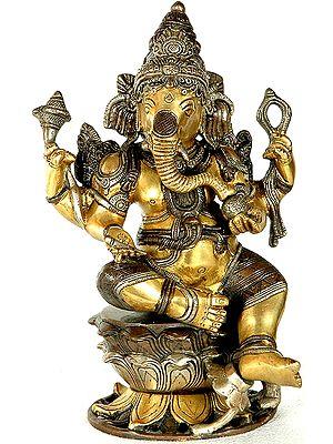 Kamalasana Shri Ganesha