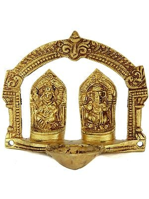 Lakshmi Ganesha Puja Lamp with Arch (Small Sculpture)