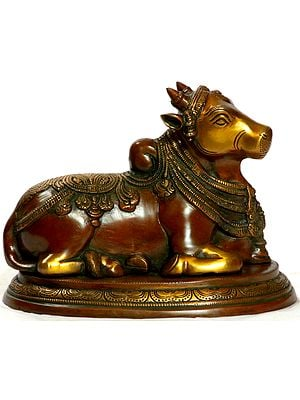 Nandi, The Shiva's Mount and One of His Ganas