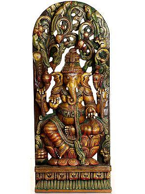 Lotus-Seated Ganesha Enshrining Prabhavali