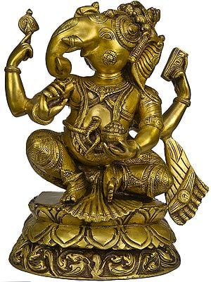 Ekadanta Ganapati with Face Turned to Right