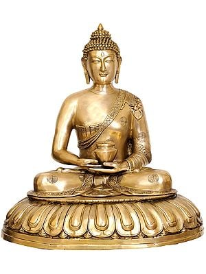 Large Size Lord Buddha with Pindapatra (Robes Decorated with Auspicious Symbols)