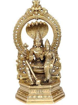 Bhagawan Vishnu with Lakshmi Ji