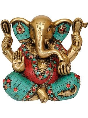 Lord Ganesha with Trident Mark on Forehead
