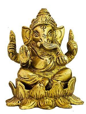Kamalasana Ganesha (Small Statue)