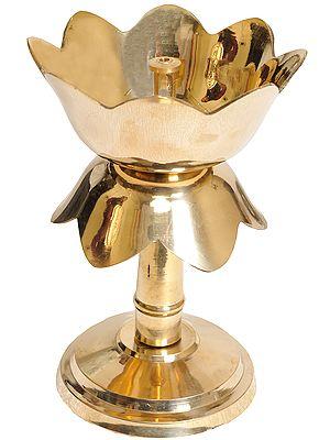 Lotus Wick Lamp