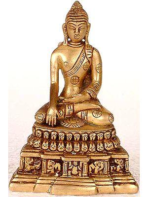 Bhumisparsha Buddha on a High Throne (Small Sculpture)