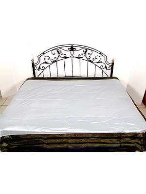 Banarasi Quiltable Bedcover with Tanchoi Weave